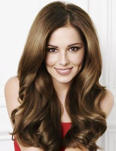 2009-12-14-Cheryl-Cole-fibre-hair-extensions